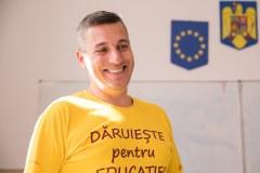 """Romeo Crețu în proiectul """"Dăruiește pentru Educație!"""""""